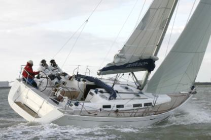 Charter Sailboat Dufour 425 L Antigua and Barbuda