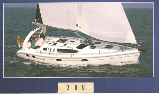 Sailboat Hunter 380 for hire