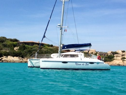 Catamarano Fountaine Pajot Lavezzi 40 da noleggiare