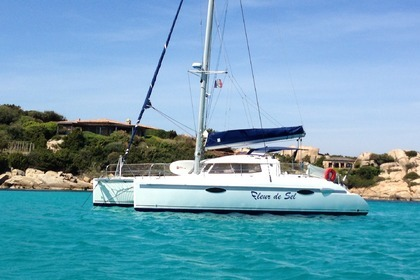 Location Catamaran FOUNTAINE PAJOT LAVEZZI 40 Porto-Vecchio