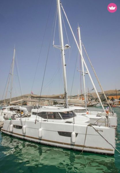 Rental Catamaran Fountaine Pajot Fountaine Pajot - Valeriia Trogir