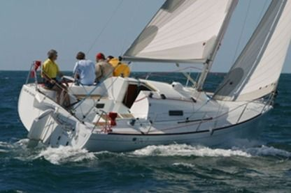 Rental Sailboat Beneteau First 27.7 La Rochelle