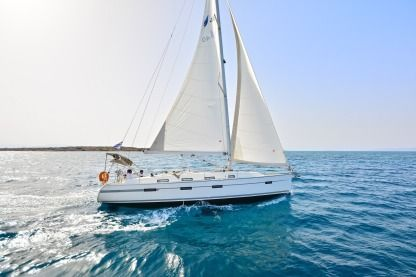 Rental Sailboat Bavaria 40 Cruiser Bocca di Magra