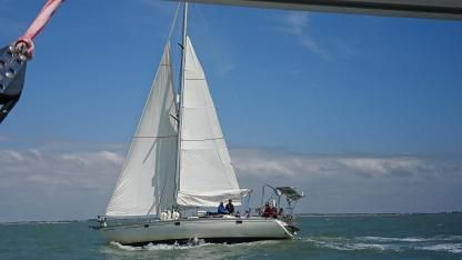 Rental Sailboat Jeanneau Sun Kiss 45 La Rochelle