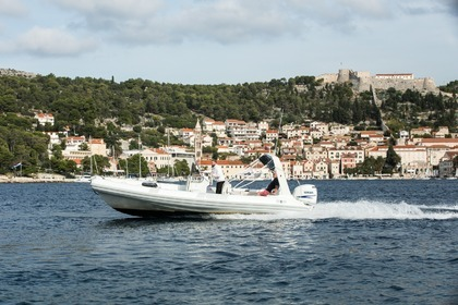 Hire RIB FLYER 747 Hvar