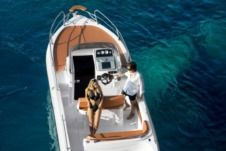 Motorboat Ranieri Shadow 22 Sundeck