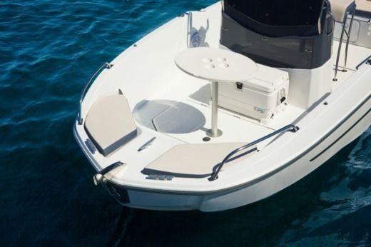 Beneteau Flyer 5 Spacedeck in Paimpol for hire
