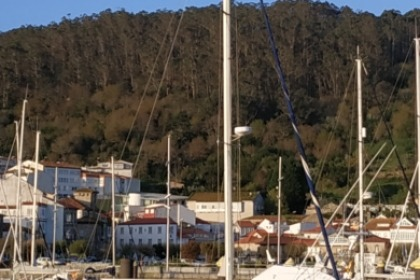 Hire Sailboat Jeanneau Voyage 12.5 Muros