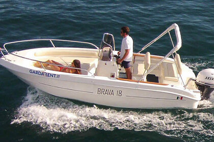 Hire Motorboat MARINELLO Brava 18 Manerba del Garda