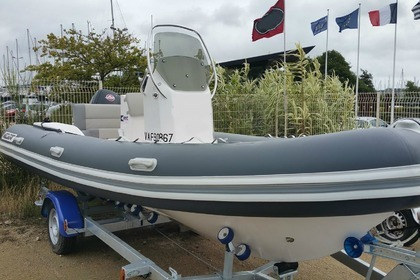 Hire Motorboat Valiant 580 Confort Arzal