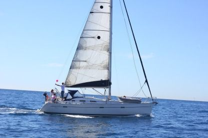 Charter Sailboat Beneteau Oceanis 393 Clipper Marseille