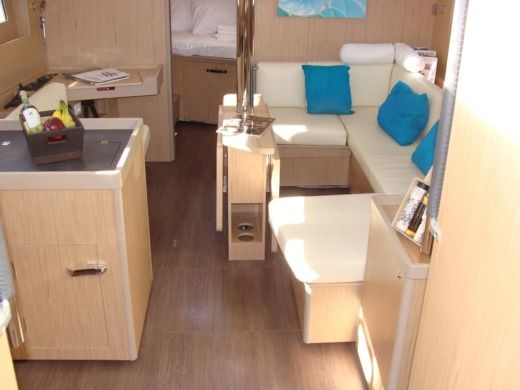 Charter Sailboat Beneteau Oceanis 41.1 Athens