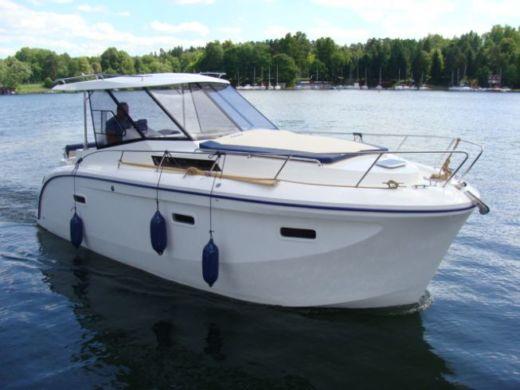 Аренда Futura 860 в Гижицко - Click&BoatЧастная аренда яхт с «Click&Boat»Частная аренда яхт с «Click&Boat»