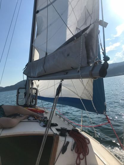 Rental Sailboat Zuanelli Miller 31 Arona