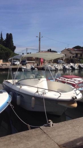 Ocqueteau Olympio 6,30m in Hyères for hire