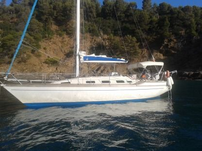 Charter Sailboat Comet 10.50 Cogolin