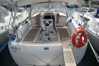 Hire Sailboat BAVARIA CRUISER 36 Sukošan