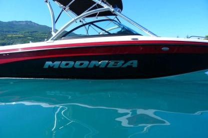 Charter Motorboat Moomba Lsv Annecy