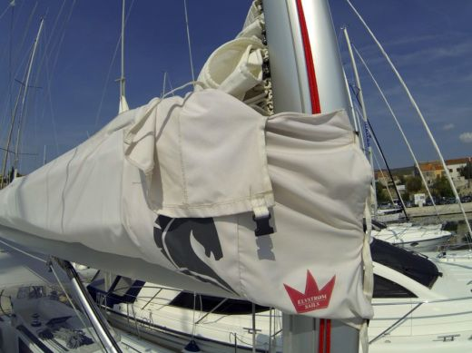 Beneteau Oceanis 45 in Šibenik for hire