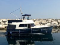 Rental Motorboat Beneteau Swift Trawler 42 Šibenik