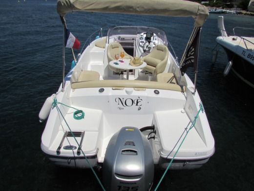 BENETEAU FLYER 650 SUN DECK in Cannes for hire