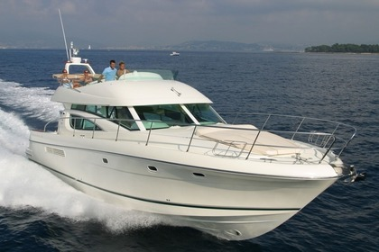 Hire Motorboat JEANNEAU PRESTIGE 46 FLY Cannigione