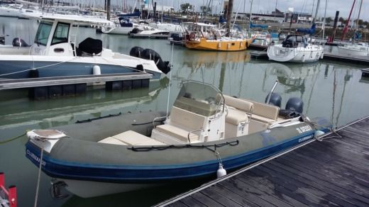 Charter rIB in La Rochelle peer-to-peer