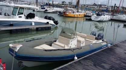 Location Semi-rigide Jocker Boat Clubman 26 La Rochelle
