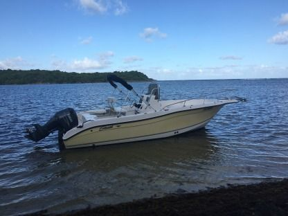 Rental Motorboat Seaswirl Striper 2301 Cc Fort-de-France Bay