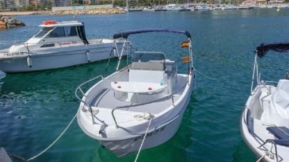 Rental Motorboat Astec Fiber 540 Open Blanes