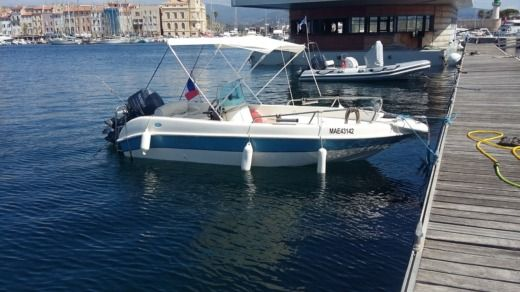Aquamar First in La Ciotat for hire