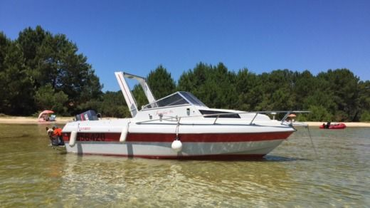 Charter motorboat in Arcachon peer-to-peer