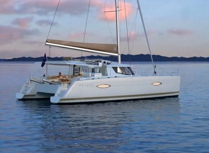 Charter Catamaran Fountaine Pajot 44 Pomer