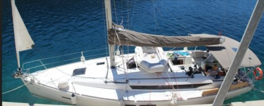 Jeanneau Sun Odyssey 409 in Bar for hire