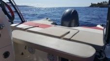 Boat Manta 555 in Zavala, Jelsa for rental