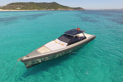 Hire Motor yacht Wally 47 Saint-Tropez