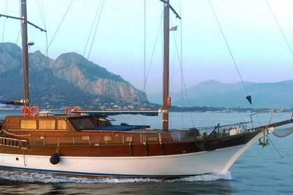 Hire Sailing yacht bodrum goletta Messina