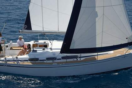Hire Sailboat BAVARIA 39 CRUISER Skiathos
