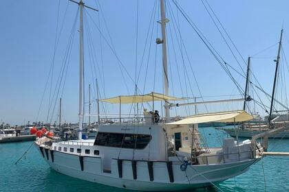 Rental Motorboat egypt The yacht Hurghada