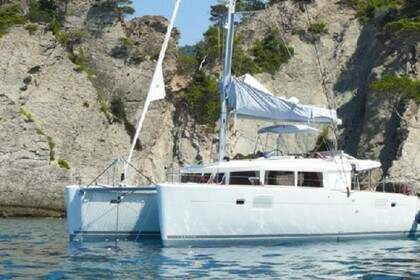 Rental Catamaran LAGOON 450 FLY Athens