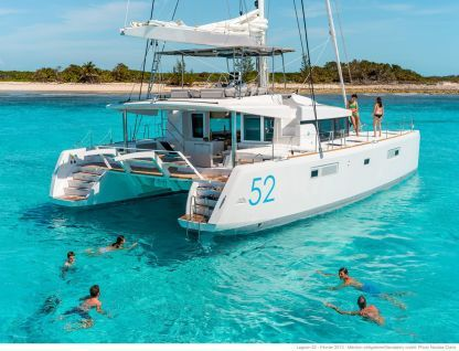 Location Catamaran Lagoon Lagoon 52 Fly Bonifacio