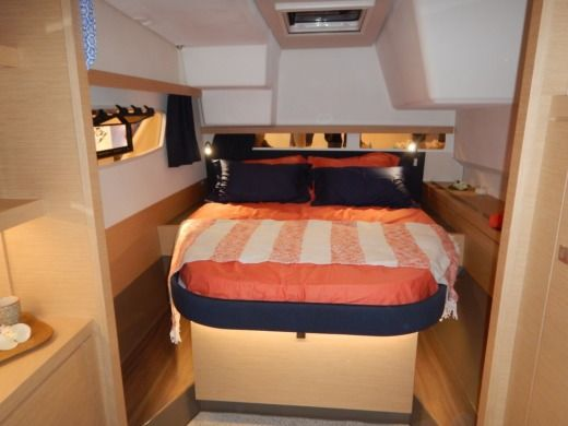 Charter Catamaran Fountaine Pajot Lucia 40 Split