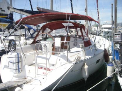 Charter Sailboat Beneteau Oceanis 361 Clipper Toulon
