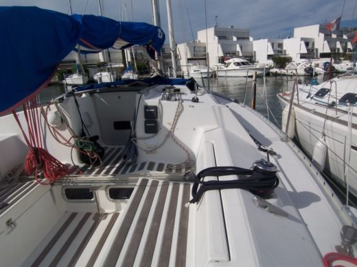Sailboat Beneteau FIRST 35S5 peer-to-peer