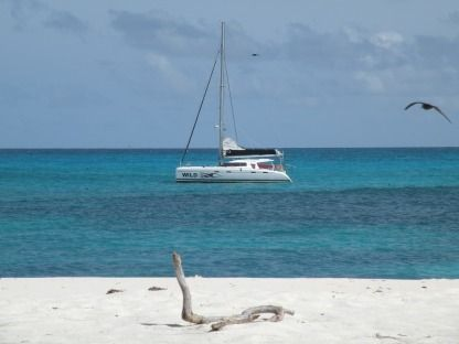 Location Catamaran Nautitech 47 Victoria