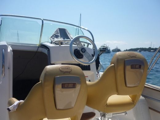Motorboat Sessa Marine Key Largo 22 Deck peer-to-peer