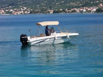 Charter Motorboat Saver 580 Rab