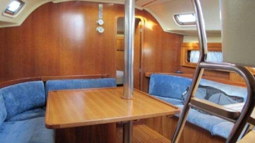 Sailboat Zeta Group Queen Time 44 Cc for hire