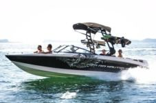 Motorboat Correct Craft Super Air Nautique 230 for rental