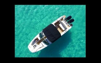 Rental Motorboat Boston Whaler 270 Marigot